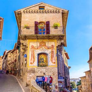 Ride the Beauty Assisi vicoli