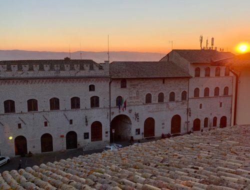 appartamento rosso al centro di Assisi con vista mozzafiato